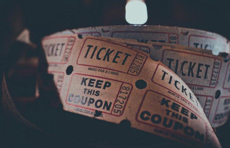 Два сервиса по продаже билетов отменили комиссию