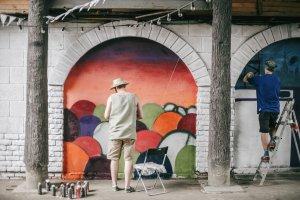 Vernissage организует слет уличных художников