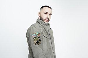 Новый альбом L'One уже можно слушать в сети