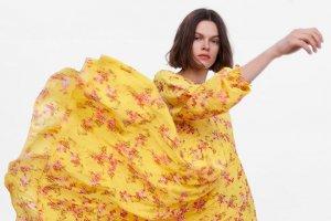 Пора! Платья в цветочек на весну за разумные деньги