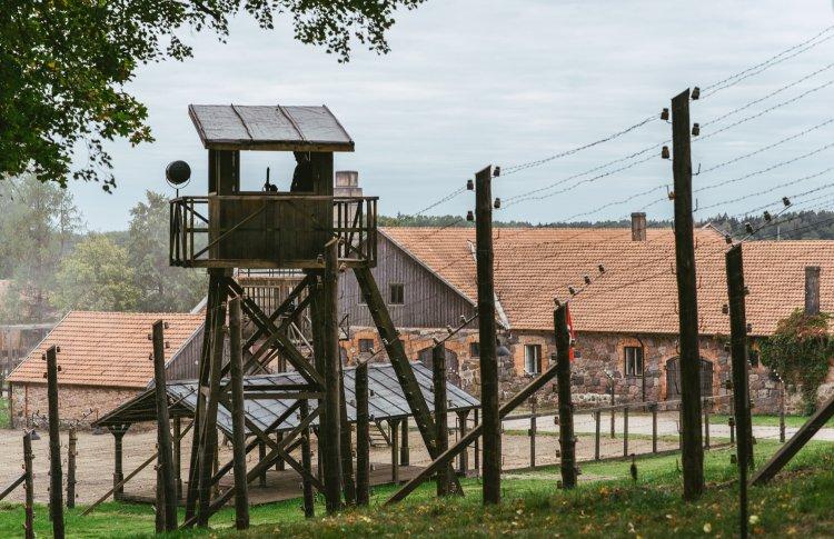 В День памяти освобождения узников концлагерей покажут общедоступный моноспектакль «Люка»