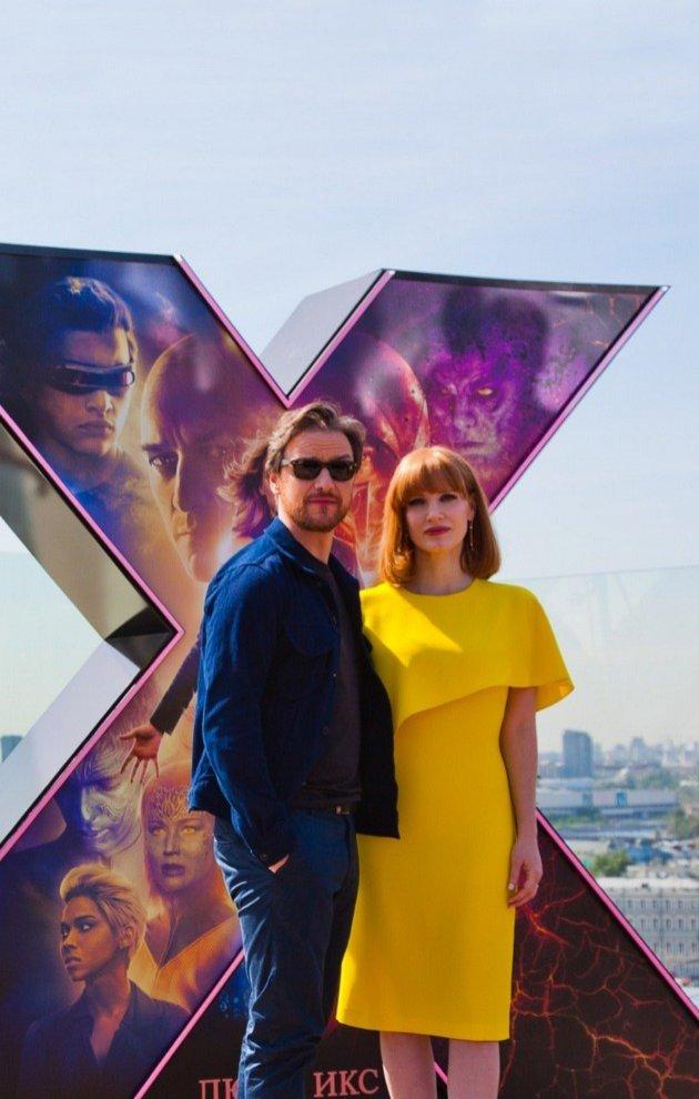 Инопланетянка и Профессор Ксавье представили в Москве «Темный Феникс»