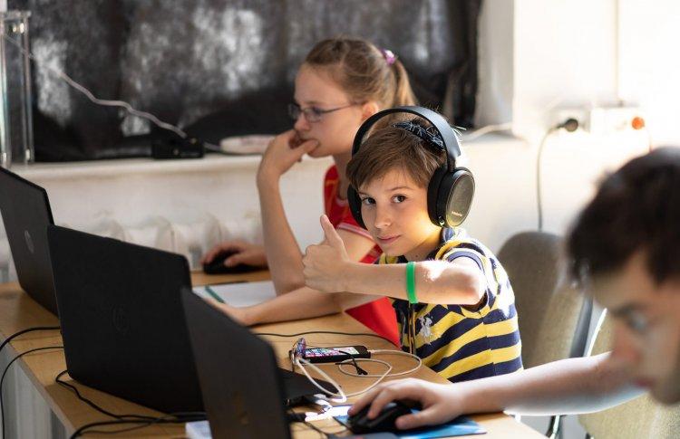 Профессии будущего: 5 детских лагерей в Москве