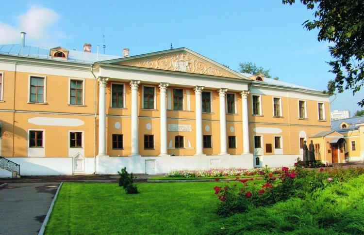 ГМИИ заберет себе Музей Рерихов и устроит там образовательный проект