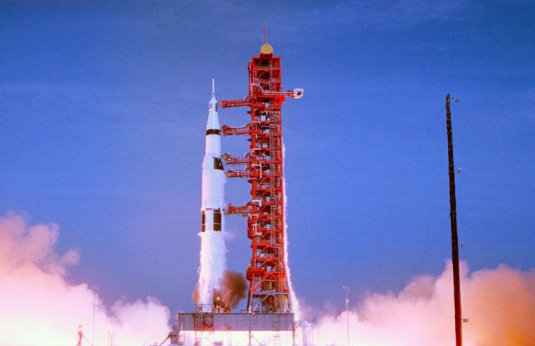 Рецензия на фильм «Аполлон-11»