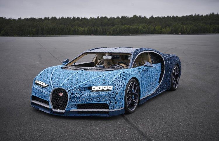 LEGO поставит в Парке Горького Bugatti Chiron из миллиона деталек