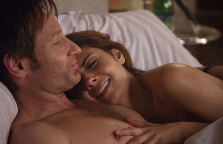 10 сериалов и фильмов, набитых сексом под завязку