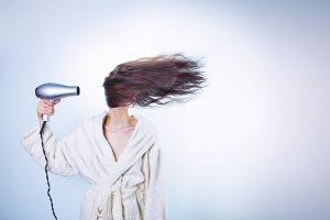 Кто виноват и что делать: скорая помощь для ваших волос