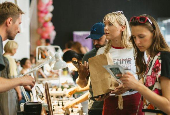 Фейсфитнес, handmade косметика и селфи-макияж: что интересного ждет участников арт-ярмарки Happy Market - Фото №0
