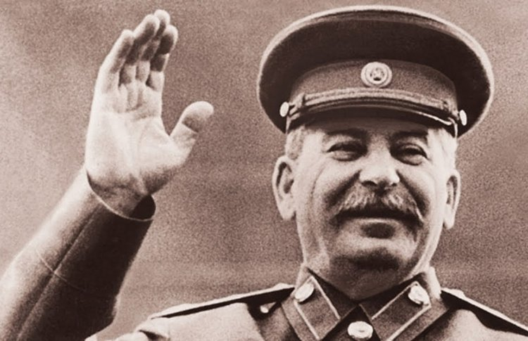 Шинель Сталина покажут в Ржевском филиале Музея Победы