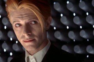 CBS снимут ремейк «Человека, который упал на Землю» с Дэвидом Боуи