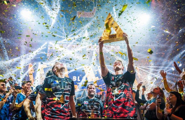 Counter Strike, объединивший поколения: 8 причин сходить на турнир BLAST Pro Series Moscow