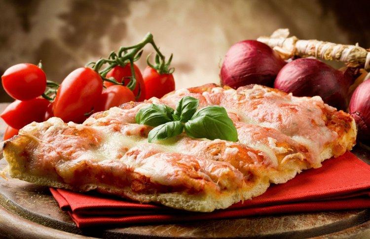 В Москве появился сервис по продаже лишней еды из пекарен