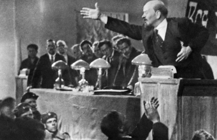 Грибы, эсеры и театр: 5 интересных фильмов о Ленине