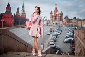 Долгие прогулки: москвичи рекомендуют любимые места в столице