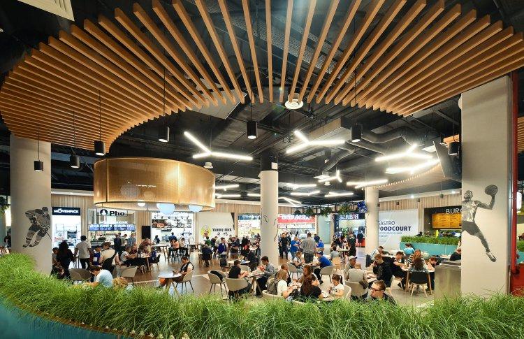 Обед в Турции, ужин во Вьетнаме: 5 причин посетить фудкорт в торговом центре «Арена Плаза»
