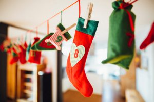 Веселье «разберихи»: как купить все новогодние подарки за 2 дня