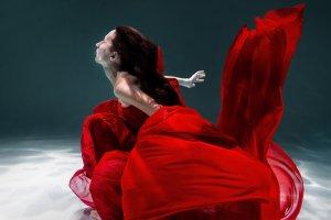 Киргизский Лермонтов и русский «Гамлет»: 8 спектаклей декабря