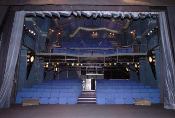 Театр музыки и драмы п/р С. Намина - Фото №0