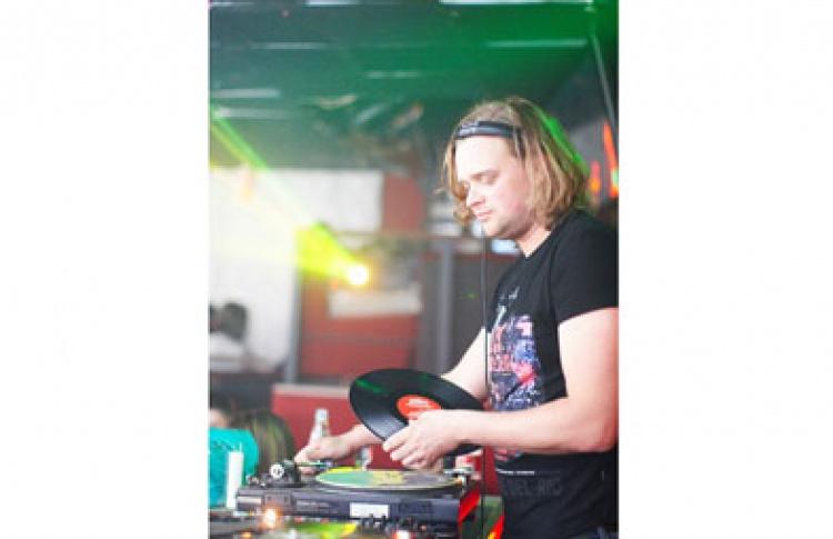 CosmoSeks. DJs K. Loveski, Veselove, Sahaj, Egor, Muhomorov, Raf, Hmara