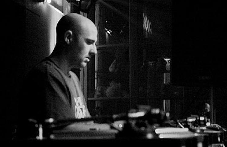 """""""Четверги Санчеса"""": Vince Watson (live, Шотландия), DJs Санчес, Студитский, VJ Den Mantrov"""