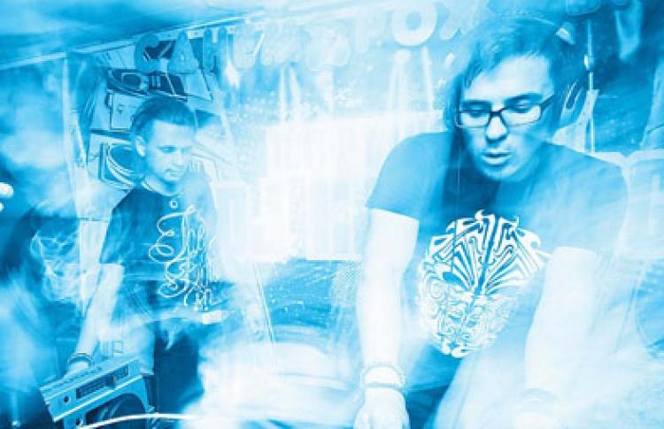 Шестилетие портала Osravers.com! Kto DJ?, DJs Миха Ворон