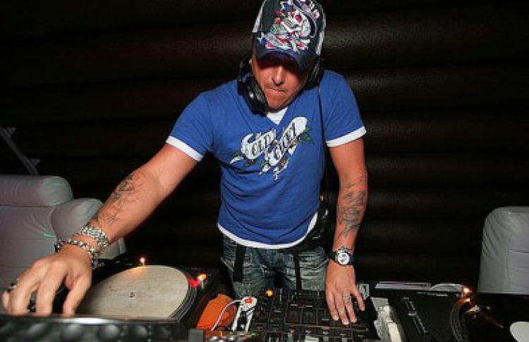 China Town: DJs Данила, Tony Key
