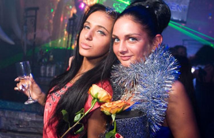 """I-Queen: Старт"": DJs Miller, Нейтрино, Шевцов, Дан, Niki"