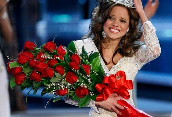Самая красивая девушка Америки (фото вкупальниках) - Фото №0