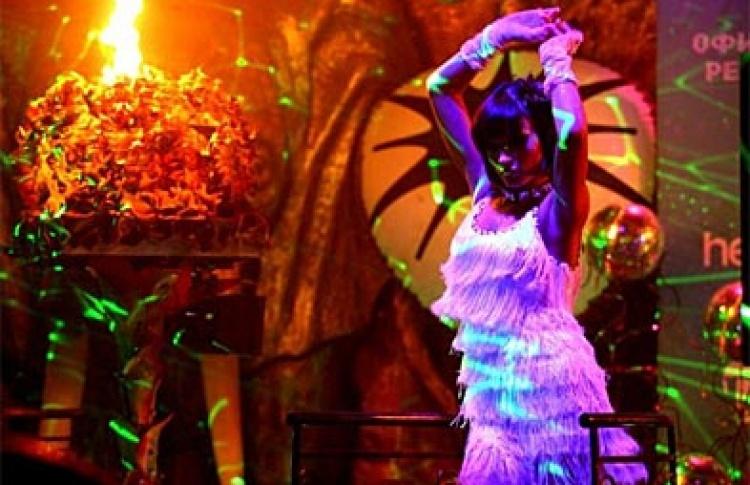 """""""С днем рождения, """"Rай"""". Стихия воздуха"""": Лиза Роуз Гаррисон (live), DJs Tyson (оба - Великобритания), Miller, Лупин, Нейтрино, Шевцов, Niki, Дан, Питкин"""