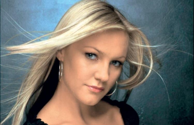 Кейт Райан (live, Бельгия), DJs U-Are, Nu Sky