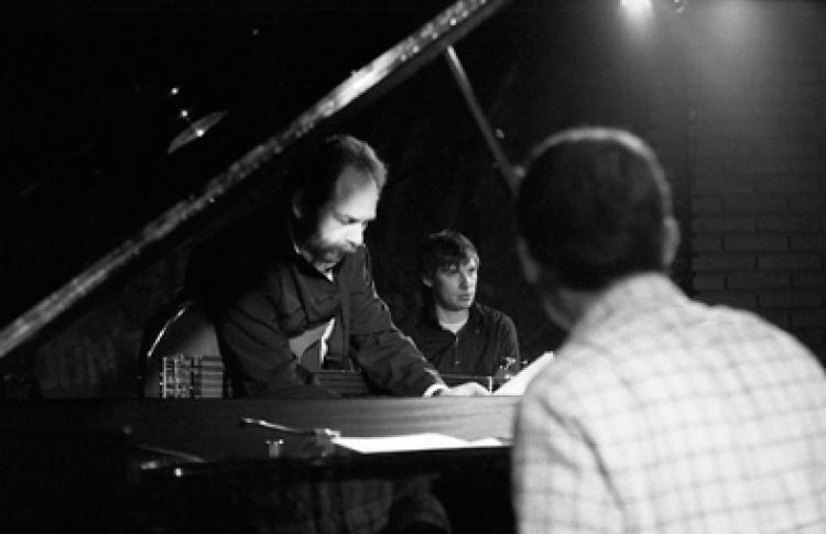 Алекс Ростоцкий + Яков Окунь (фортепиано) + Александр Машин (барабаны)