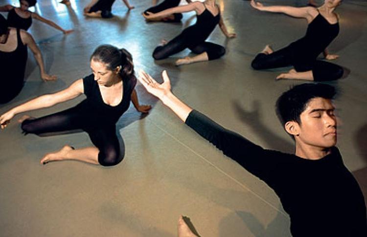 Москва танцующая: где учат свингу, танго икапоэйре