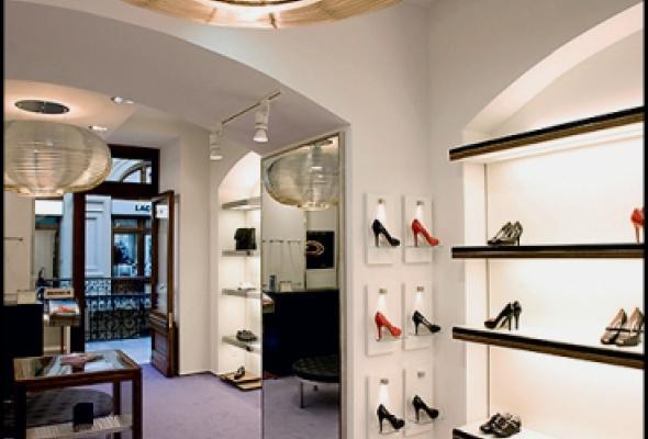 Три новых обувных бутика в ГУМе - Фото №1