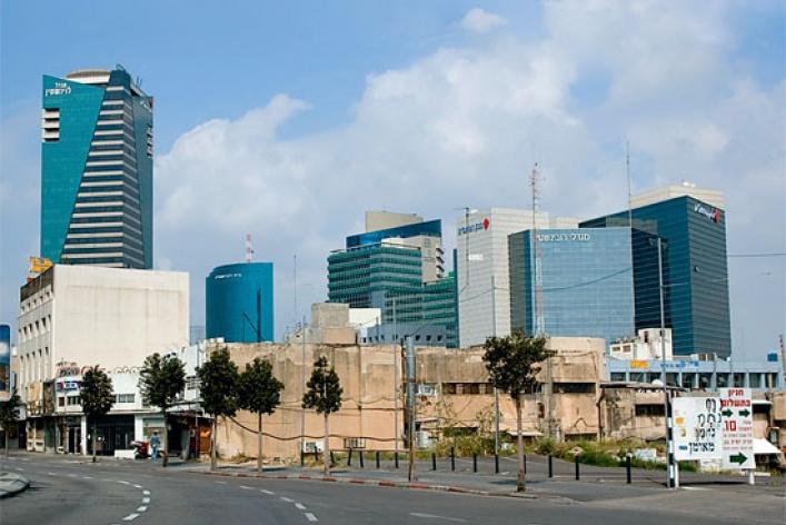 Тель-Авив: ничего святого
