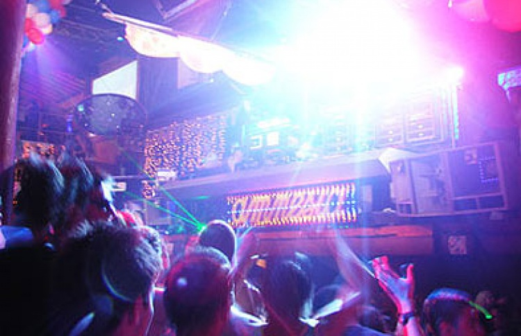 Amnesia Ibiza World Tour 2009: DJs Darren Emerson, X-Press 2, Richard Dinsdale (все - Великобритания), Rank-1 (Нидерланды), Umek (Словения), Mar-T, Brian Cross (все - Испания), Sweet DJs