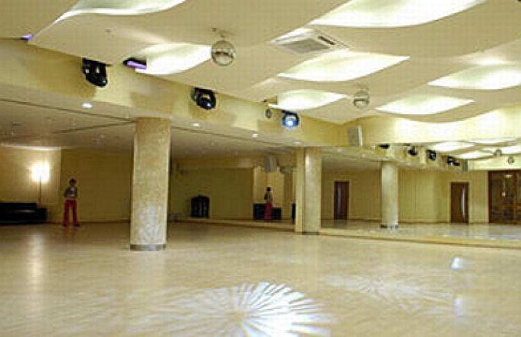 """Танцевальные клубы GallaDance - """"Бренд года 2008"""""""