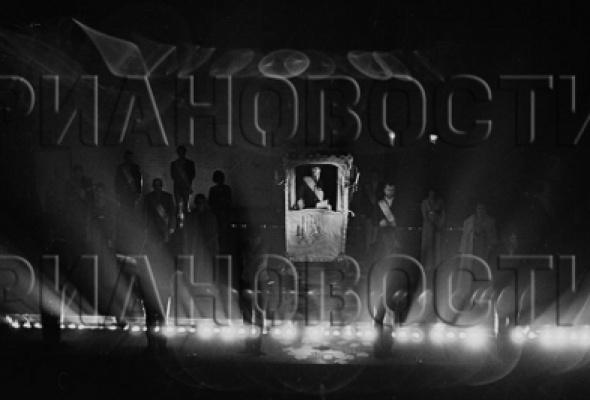 "Анатолий Гаранин ""Фототеатр Таганка"" - Фото №2"
