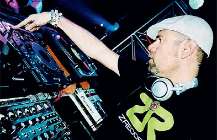 DJs Joey Negro (Великобритания), Лосев, Mr. Dyf, Родриго, Vanyashiz, Андрей Fit