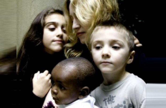 Самые высокооплачиваемые матери Голливуда (фото)