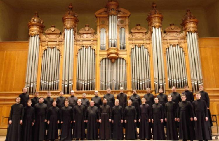 Мужской хор Подворья Свято-Троицкой Сергиевой Лавры