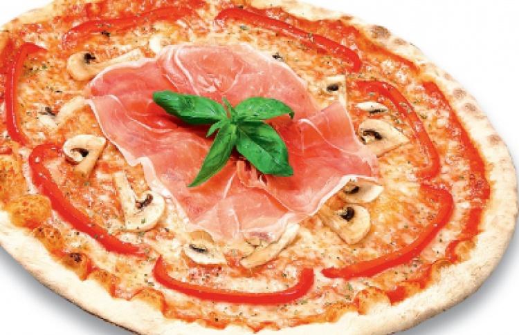 """Киношная пицца в """"IL Патио"""""""