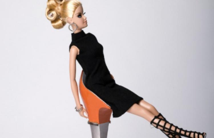 Выставка к50-летию Барби
