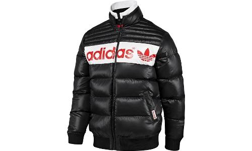 Одежда Adidas Originals.