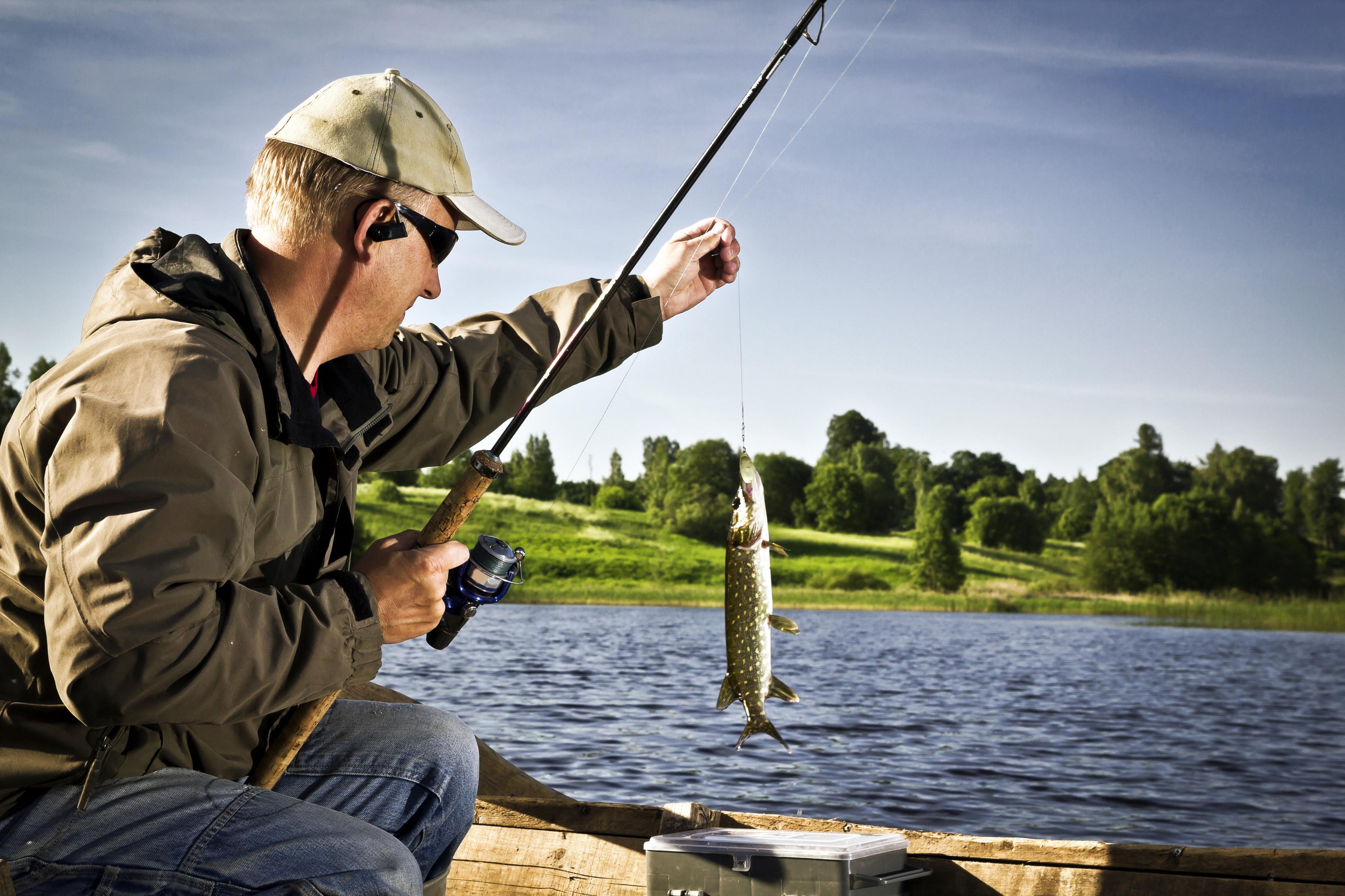 Рыбалка в июне куда поехать