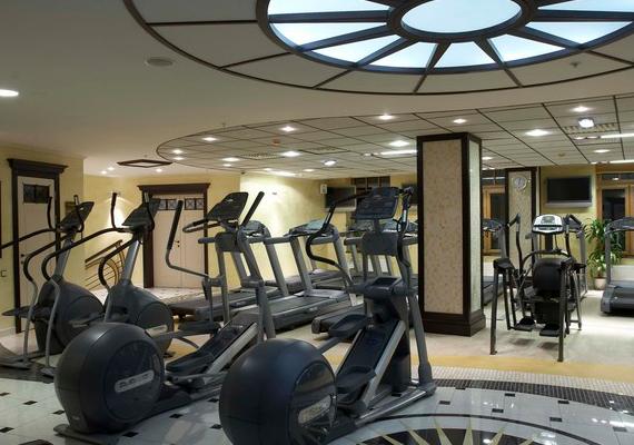 Фитнес клубы в москве vip фотоотчет с клуба москва