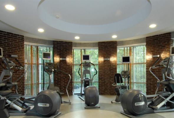 Фитнес клубы москвы чистые пруды ночной клуб спб этаж