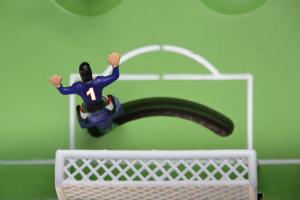 В«Лига пап» запобеду внастольном футболе отправляют наморе