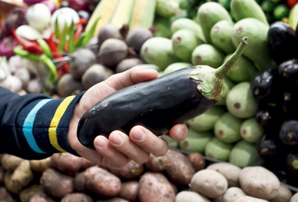 Репортаж отом как выбирать продукты нарынке - Фото №3