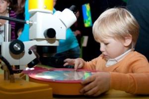 ВСанкт-Петербурге открылся новый интерактивный научный центр для детей— «Умникум»